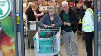 Avustralya'da süpermarketler yalnızca yaşlı müşteriler için kapılarını açtı