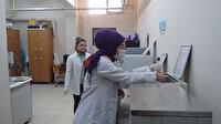 Hatay'da lise öğrencileri, günde 10 ton dezenfektan üretiyor
