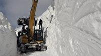 Hakkari'de kar kalınlığı 10 metreyi buldu: Ekipler 12 gündür üs bölgesine ulaşmaya çalışıyor