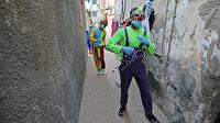 Gazzeli gençler evdeki çocukların yüzünü güldürdü