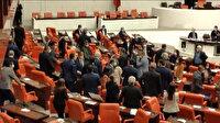 Mecliste gerginlik: MHP'li vekil teröristlere hakaret edince HDP'liler alınıp ayaklandı