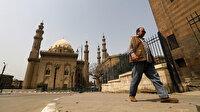 Mısır koronavirüs salgınına karşı toplu iftar ve teravihleri yasaklayacak