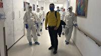 Koronavirüs tedavisi gören hasta penguen dansıyla taburcu oldu