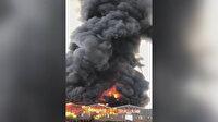 Almanya'daki bir depoda yangın: Dumanlar gökyüzünü kapladı