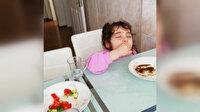 Minik Zeynep'in uykulu yemek yeme anları gülümsetti