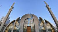 Türk gönüllülerden Almanya'da sığınmacılara her gün 300 ramazan pidesi