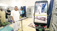 Ramazanı canlı yayında yaşıyor: Tunuslu Muhammed evini adeta mescide çevirdi