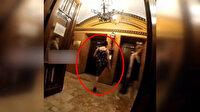 İzmir'de asansör tuşuna ayağıyla basan kadına sosyal medyada tepki yağdı