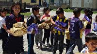 'Bir Çocuk Bir Dünya': Öğretmenlerden bayramlık alamayan çocuklara bayram hediyesi