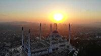 Türkiye'de camiler 29 Mayıs'ta Cuma namazıyla yeniden ibadete açılıyor