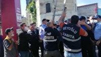 İBB zabıtaları, Beyoğlu Belediyesinin koronavirüs standını kaldırmaya çalışınca arbede yaşandı