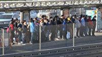 'Yeni Normal Hayat'ın ilk gününde metrobüs duraklarında tedirgin eden görüntü