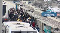 İstanbul'da 'Yeni normal' in ilk günü hem metrobüste hemde araç trafiğinde yoğunluk yaşandı