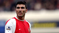 Arsenal ve Sevilla Reyes'i unutmadı