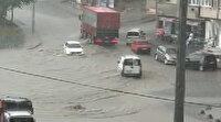 Arnavutköy'de sağanak nedeniyle yollar göle döndü