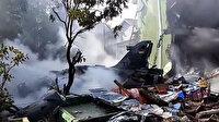 Endonezya'da askeri savaş uçağı düştü: Pilot kendini atarak kurtuldu