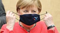 Almanya Başbakanı Merkel eleştiriler üzerine maskeli ilk kez görüntülendi