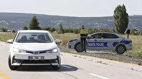 Görenler hız kesecek: Maket araçtan sonra şimdi de maket trafik polisi dönemi geliyor
