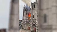 Fransa'da tarihi Nantes Katedrali'nde yangın çıktı