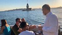 Üsküdar Belediye Başkanı Türkmen, sahili temiz tutan vatandaşlara dondurma ikram etti