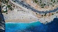 Kaputaş Plajı eski günlerine döndü: Kilometrelerce araç kuyruğu oluştu