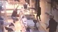 Mersin'de kuyumcuya silahlı saldırı kamerada