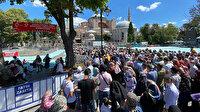 Ayasofya'ya akın: Müslümanından Hıristiyanına uzun kuyruklar oluştu