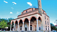 Yunanistan'daki Kurşunlu Camii'ne çirkin saldırı