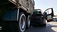 TEM'deki feci kazada minibüs, kamyona ok gibi saplandı