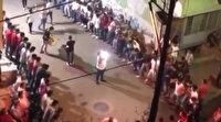 Bursa'da şoke eden görüntüler: Onlarca kişi koronayla el ele