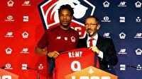 Loic Remy ile anlaşan Fenerbahçe Valencia ve Smolov ile de görüşüyor