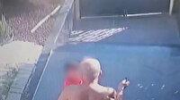 Beylikdüzü'nde elindeki anahtarla küçük çocuğu vuran vicdansız adam kamerada