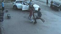 Ankara'da evi terk eden eşini sokakta tüfekle kovalan vahşi koca kamerada