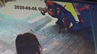 Mide bulandıran olay: Gündüz sokak ortasında tuvaletini yaptı, maskesini tuvalet kağıdı gibi kullandı