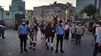 Atlı zabıta ekipleri İstiklal Caddesi'nde prova yaptı