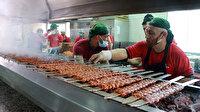 Dünyaca ünlü seyahat yazarının yemek listesine Adanalı kebapçıdan tepki