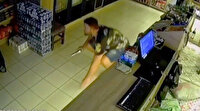 Dükkanında sabahlayan kick boks sporcusu hırsızları kıskıvrak yakaladı