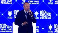 Cumhurbaşkanı Erdoğan'ın kendisine 'Tayyip dede' diyen çocukla gülümseten diyaloğu