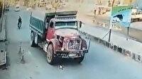 Afrin'deki terör saldırısında kamyonetin patlama anı kamerada