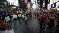 Times Meydanı'nda ırkçılık karşıtı gösteri düzenlendi