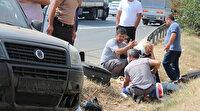 TEM'de TIR ile çarpıştılar: Taklalar atarak duran araçtan yola savruldular