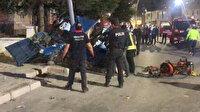 Otomobil önce yayaya sonra elektrik direğine çarptı, ikiye bölündü: Bir kişi hayatını kaybetti, 4 kişi de yaralı