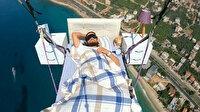 """Çılgın paraşütçü Hasan Kaval gökyüzünde """"uyudu"""""""