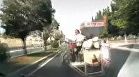 Kendi yaptığı kazayı görüntüledi: Aracın manevra yapan traktöre çarptığı anlar