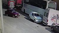 Kontrolden çıkan otomobil üç araca çarptı