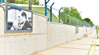 Çöp dağlarıyla gündeme gelen Bornova Belediyesi Başkanı İduğ: Atatürk posterlerini yeniledik