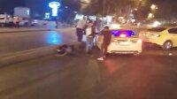 Esenyurt'ta iki taksici yolu trafiğe kapatıp birbirine girdi
