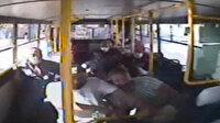 İzmit'te kaza yapan otobüsteki yolcular koltuklarından fırladı