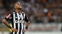 Robinho yeni imza atmıştı, sözleşmesi askıya alındı