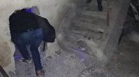Duvara açtıkları gizli bölmeden kumar oynamaya geçenler polise yakalandı
